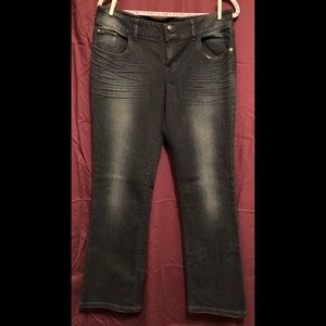 Delia Reese jeans. 13/14R. Never worn